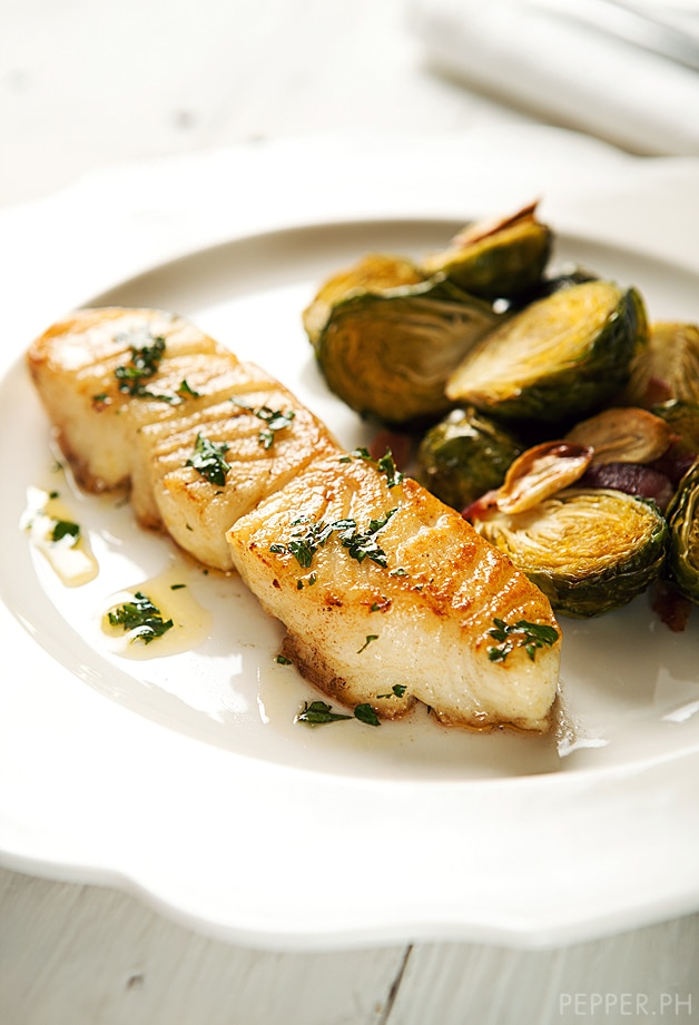 Coño Kitchen: Pan-Seared Chilean Sea Bass