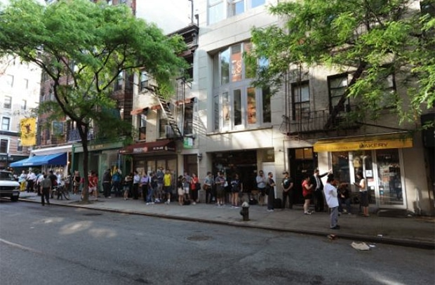 cronut-line-new-york