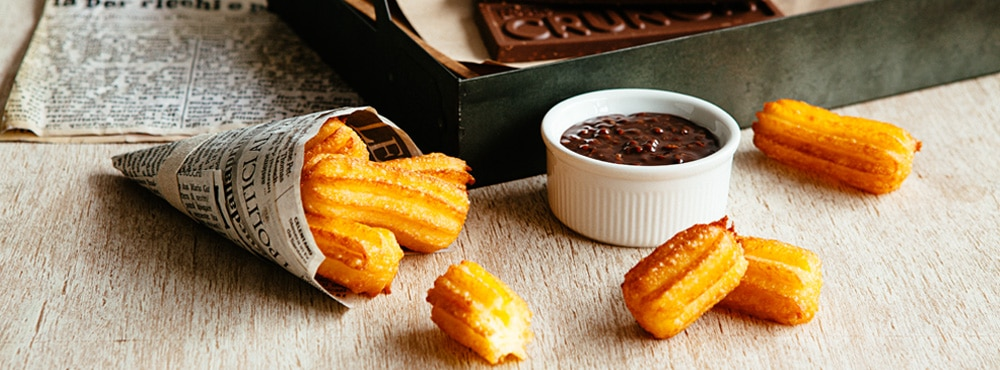 Nestle-Crunch-Chocolate-Mocha-Dip-Churros2-rec