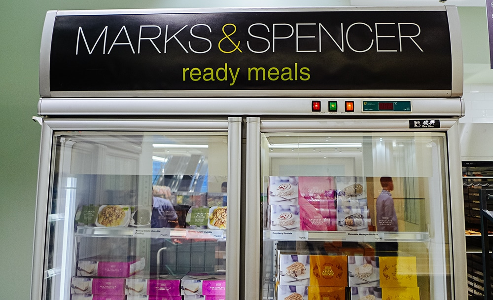 Marks & Spencer has launched an online grocery service that will enable shoppers to have their dinner delivered to their front door within an hour.